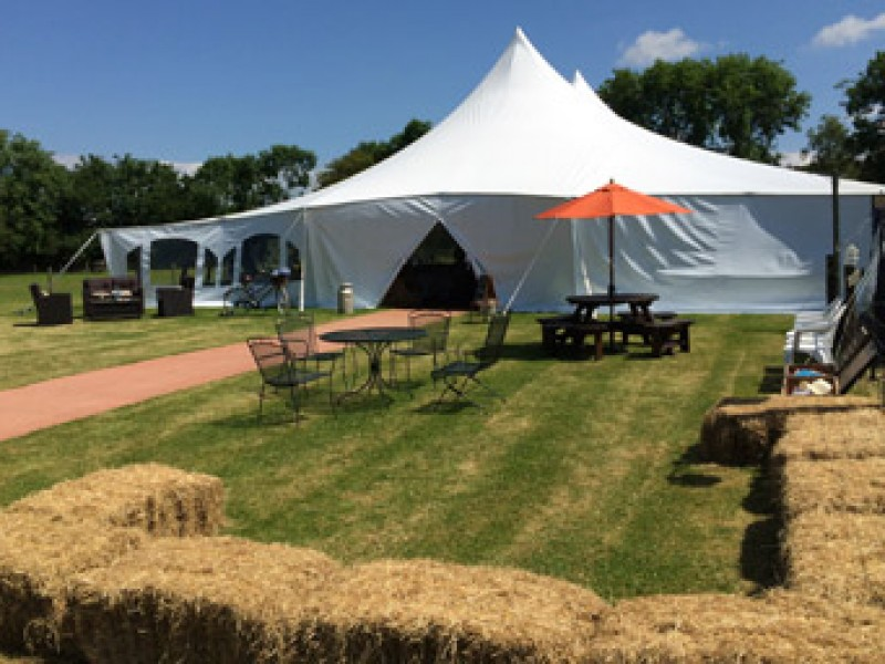 The benefits of using Wedding Tents and Marquees