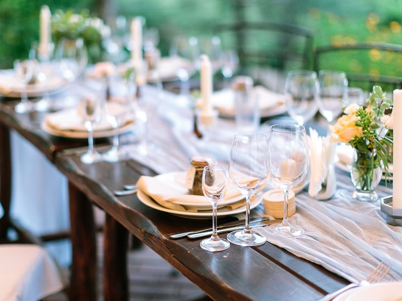 Great Ideas for Outdoor Food at a Wedding
